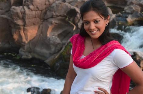 Naina Real Name in Piya Albela| Gulki Joshi Biography | Age | Weight| Height