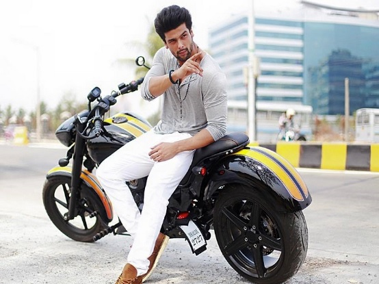 Kapoors' Web Series Wiki| cast | Story | Kushal Tandon Wiki| Biography