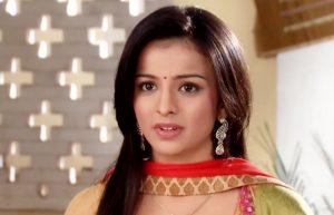 Mahima Burns her Shoulder while shooting Adhuri Kahani Hamari | Droutinelife