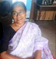 Seema Biswas as Maii Mui in Mahakumbh   Maii Mui Entry
