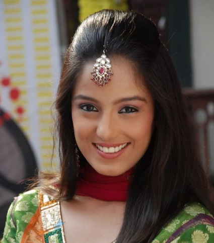 Srishty Rode To enter in Hello Pratibha