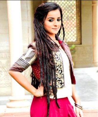 'Mahima Makwana' Biography, Wiki, Age, DOB, Boyfriend, Height| Droutinelife| Anami Real Name |Anami Biography