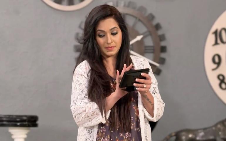 Sangeeta Kapure as Charmi (Rajiv's Wife) in 'Akkareyanente Maanasam' Wiki, Star Cast and Crew, Story, Timings Asianet Plus Serial   Droutinelife   Repeat Telecast Timings