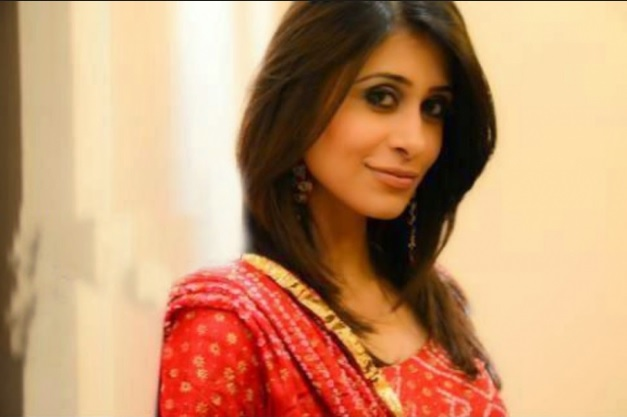 Kishwer Merchantt | 'Dhai Kilo Ka Pack' Serial Wiki, Cast and Crew, Story, Timings Star Plus | Droutinelife |Pics |Images | Photos | Download