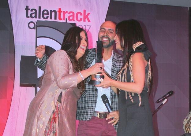 Talent Track Award 2017 | Richa Sharma Best Singer | Nakuul Mehta Best Actor