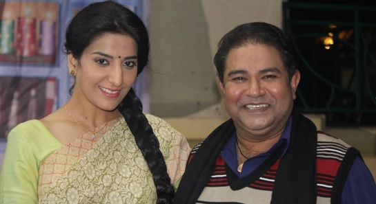 Shruti Sharma | Nirmala in Mere Angane Mein | Images | Nirmala with Ashok | Mere Angane Mein Spoilers