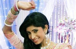 Vindhya Tiwari | Sasha | Yeh Ishq nahi asaan