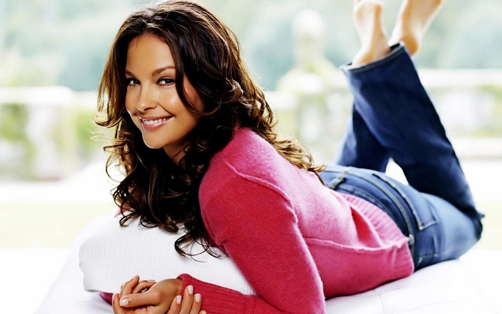 Ashley Judd, Age, Wiki, Bust Size, Affairs, Movies | Droutinelife